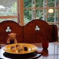 出張料理人、三田清美さんといっしょに「京都グルメタクシー」に。北山のつまみ寿し「花梓侘(かしわい)」へ