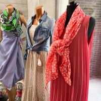 お店の夏コーデ/動画版🎶イタリアブランド爽やか素材のロングワンピースとデニムシャツやコットンスカーフ