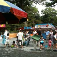 伊太祁曽神社での打ち水大作戦
