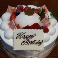 甘さ控えめ絶品バースデーケーキ!