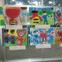 ■ 福岡市中央区の128年の歴史ある小学校、校舎の耐力度調査の中で見つけたアート