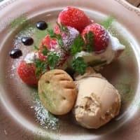 苺とチョコレートのタルト