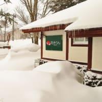 春から冬へ!またまた雪ふりました!IN裏磐梯!除雪車出動!