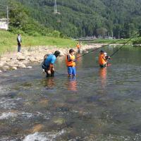 足羽川で友釣り教室が実施されました