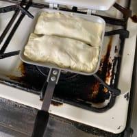 ホットサンドメーカーでパイを焼くステイホームの休日