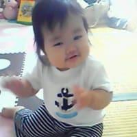 ズボンが小さいのか、娘が大きいのか。