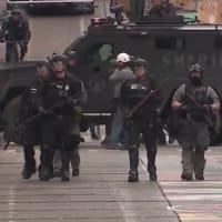 シアトル警察 「自治区」からデモ隊を強制排除