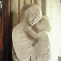 イギリスの彫刻家で、リトグラファーのバーバラ・ヘップワースが死去。