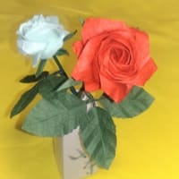 妻の初盆に折り紙のバラを飾りました
