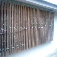 「キャタピラー」:戸山町バス停付近の会話
