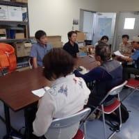 安和桟橋から本部港(塩川)へ --- 本部町港湾管理事務所長らと意見交換。求められる県の毅然とした対応