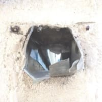 必殺雨漏り修理人の仕事~川口市の木造住宅の雨漏りの原因~雨樋の集水器を外してみるとこんなところが.....
