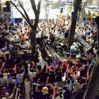 三井ビルの「会社対抗のど自慢大会」、ぐうぜん通りかかった