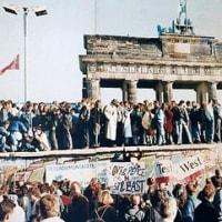 ベルリンの壁崩壊後30年と言う