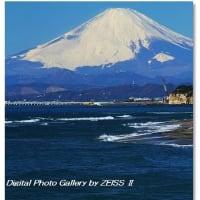 稲村ケ崎より富士山を望む