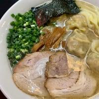 三軒茶屋🍜ラーメン茂木「店・味・人。長年愛される理由が詰まった雲呑麺。」
