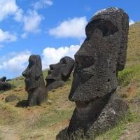 イースター島のモアイにトラックが追突 先住民族が怒り心頭