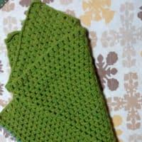 編み物など