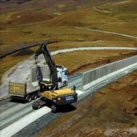 トルコはイラン国境に防壁を拡張中