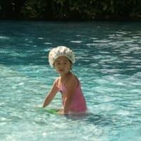 シャワーキャップで泳ぐ