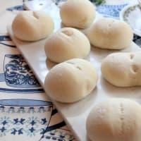 しっとりふわふわヨーグルトの白パン