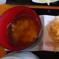 具材たっぷりな沖縄そばとまぜ麺の新店舗!・・・縁そぱ(学園通り)