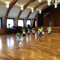 エンジェルクラス わかば組・ひよこ組 運動遊び・英語で遊ぼう