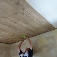 天井のクロス貼