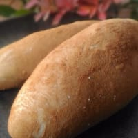季節酵母パン『焼き芋になったつもり。』販売開始します。どうぞよろしくお願いいたします。
