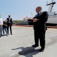 シェスタコフ 首相ミシュスチン択捉島訪問に随行