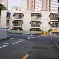 山手線新宿駅(西新宿三丁目 住宅地の中の更地)