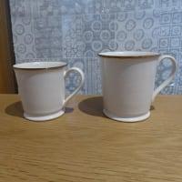 有田焼 「磁今」のマグカップとコースター