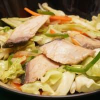 2019.09.07の夕食 鰤(ブリ)の西京漬けと野菜の炒め物