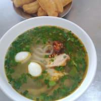 [気温28℃][晴れ] Banh Canh Ca Loc ベトナム刀削雷魚麺