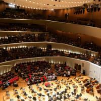 ロイヤルコンセルトヘボウ管弦楽団来日コンサート パーボ・ヤルヴィ指揮