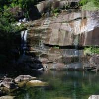 秋晴れの中、人気の少ない屋久島の穴場へ【蛇之口の滝】