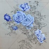 透き通る青空すくひ忘れては薔薇と水辺と同じき涙
