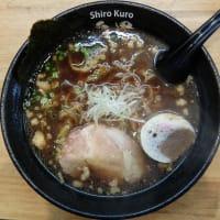 ラーメン 白黒@札幌市中央区 「豚骨白湯 醤油」
