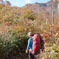 越後駒ヶ岳~紅葉と滝雲~