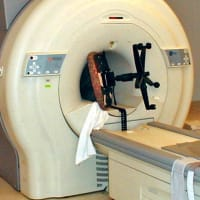 """接種者の体内にはすでに """"酸化グラフェン"""" が!MRI 検査は危険?"""