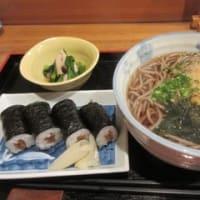 「助六寿司」、1934年創業の寿司屋でそば定食750円。そば+かんぴょう巻+小鉢+アイス