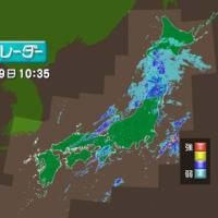 "【nhk news web】    10月19日09:55分、""""東日本の広範囲で大気不安定 被災地は洪水 土砂災害に警戒"""""