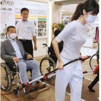 車いす変身。 人力車に。 装置一つで避難スムーズ。 長野の会社が製造