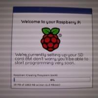 Raspberry Pi に OSをセッティング中