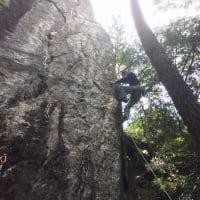 小川山 カモシカサイド・ローリングストーンの岩場