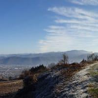 冬の寒い朝は遠くも近くも美しい