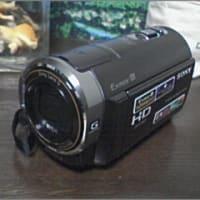 ビデオカメラ買いました