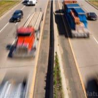 ワクチデント警報:ワクチンの副作用による自動車事故が全米の道路や高速道路で多発している S.D. Wells