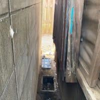狭い・・・漏水修理あるある