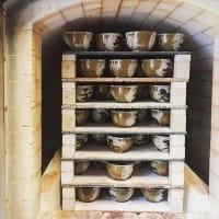 東馬窯の初窯出し展
